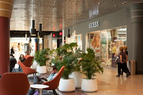 Amoreiras Shopping Center: Amoreiras - From the inside