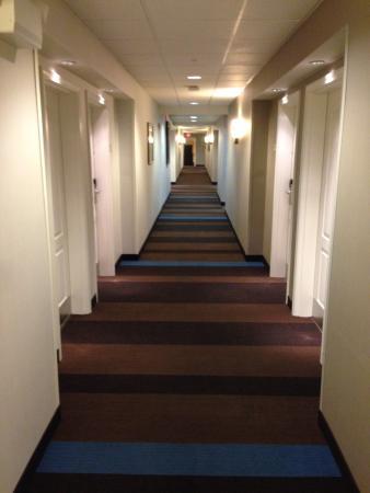 Residence Inn Harrisburg Hershey: Hallway in tower