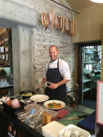 A Taste of Gibbston Valley: Friendly Gifted Chef in the Open