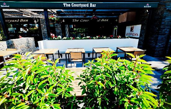The Courtyard Bar