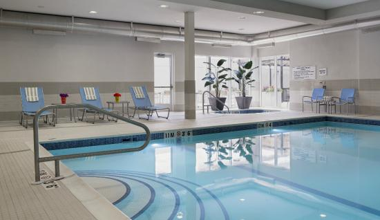 Homewood Suites by Hilton Winnipeg Airport-Polo Park, MB: saltwater pool and hot tub
