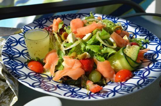 De Kloof Luxury Estate: Salat mit Lachs