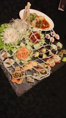 Origami Sushi Bar: Sushi do Origami na Rua da Escola Politécnica