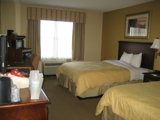 La Quinta Inn & Suites Chattanooga North - Hixson: Room