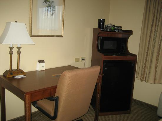 Country Inn & Suites By Carlson, Chattanooga North at Highway 153: Room