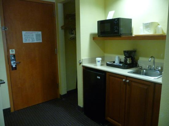 Holiday Inn Express & Suites Fort Lauderdale Airport West: Zona de office
