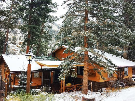 Pine Haven Resort: The Lodge
