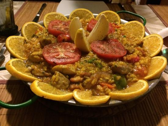 El Rincon Canario: Delicious fresh made paella