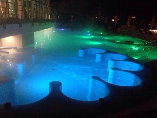 Hotel picture of hotel terme preistoriche montegrotto - Hotel preistoriche montegrotto prezzi piscine ...