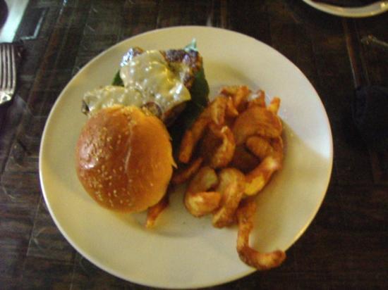 Mystic Grill: Burger