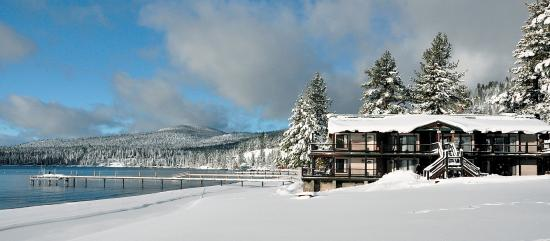 Mourelatos Lakeshore Resort: Winter Wonderland