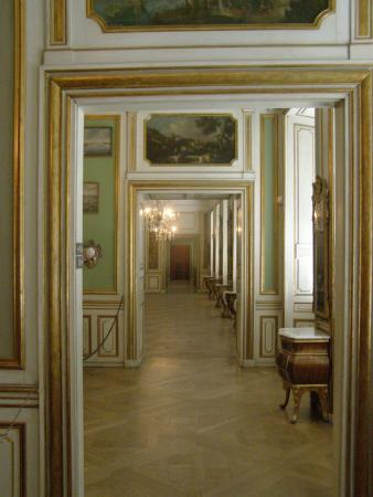 Museo Nacional: Smukt gangareal.