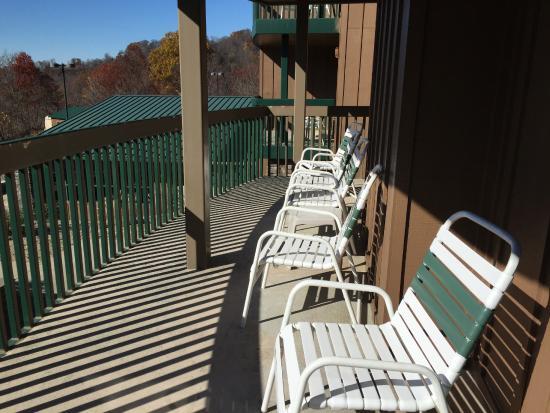 Chief Logan Lodge & Conference Center: Private balcony