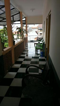 La Javanaise Home Stay: 2nd floor open area