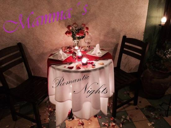 Mamma's : Wedding proposals and celebrations