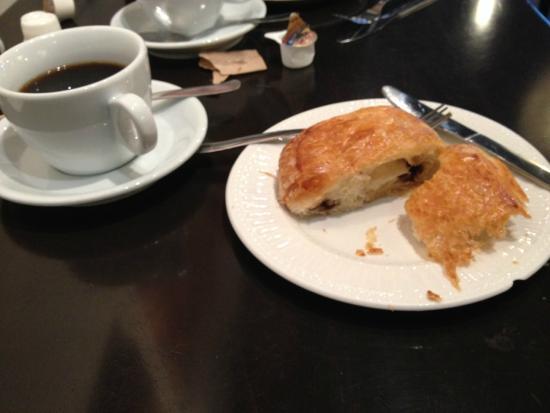 Douceur de France: Chocolate Croissant - YUM!