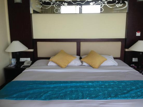 Blue Point Bay Villas & Spa: junior suite