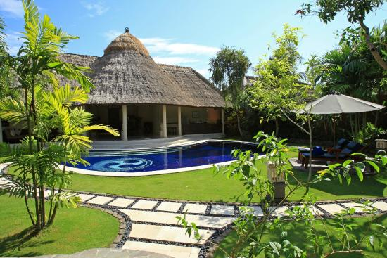 three bedroom pool villa - pool (116078461)