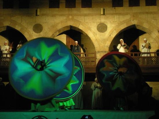 El-Ghuri Wakala: Colores, música y derviches girando!