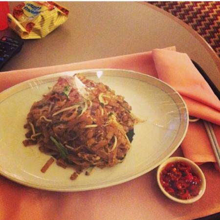 ParkCity Everly Hotel Miri: the kueh tiow goreng from room service