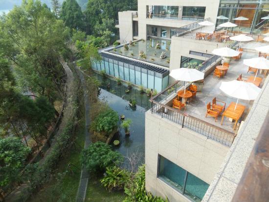 View from hotel foto de fleur de chine hotel sun moon for Hotel de chaine