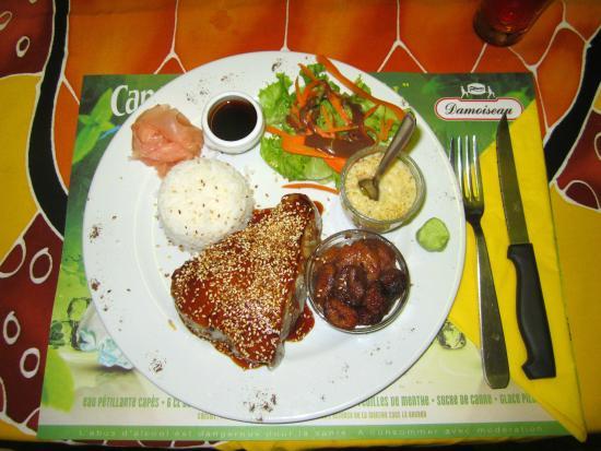 Koté Lagon : Tuna with Sesame