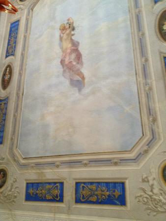B&B Maison : the ceiling