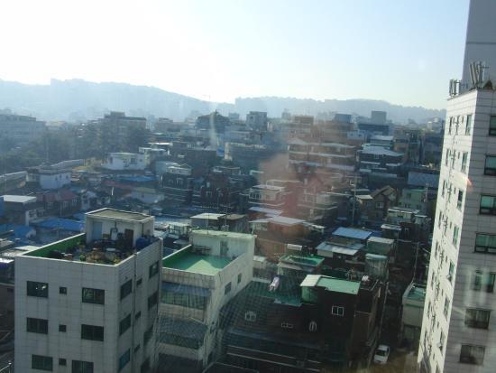 Toyoko Inn Seoul Dongdaemun: 窓からの景色