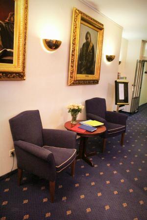 Baeren Hotel: Lobby
