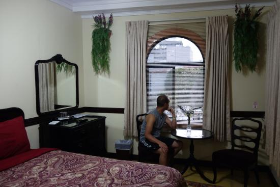 Hotel Santo Tomas: Living area