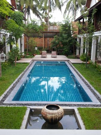 لو سين بوتيك هوتل: la piscina