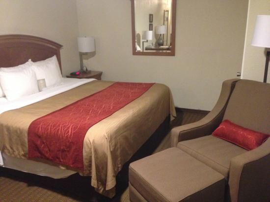 Comfort Inn Muskogee: A little cramped