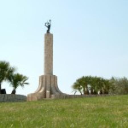 Monument del coll de les forques