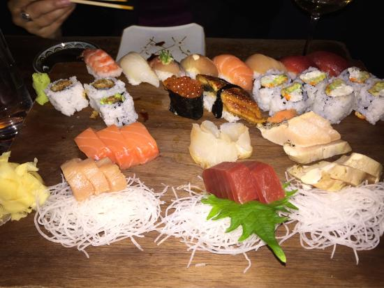 Blue Ribbon Sushi: Look at the sashimi slices