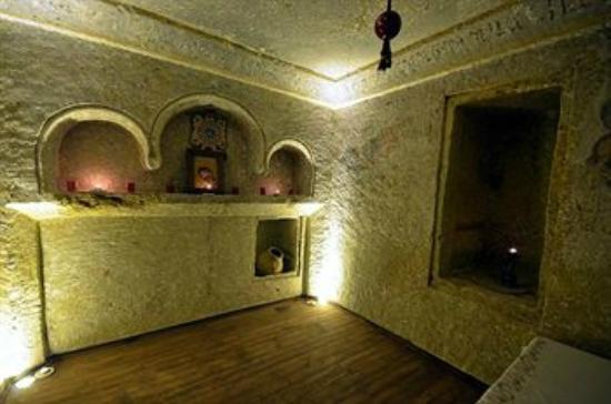 Cappadocia Abras Cave Hotel: chapel at the hotel