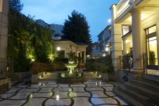 Hotel Montebello Splendid: Entrance area