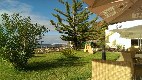 Orca Praia Hotel : Poolbereich