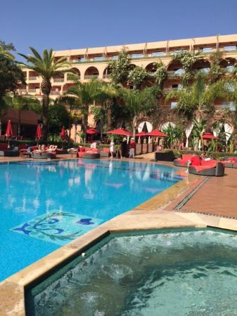 Piscine centrale non chauff e fotograf a de sofitel - Piscine sofitel marrakech ...