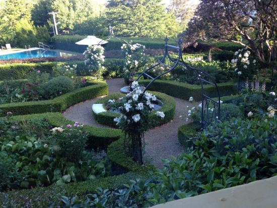 Darley's: The Grounds