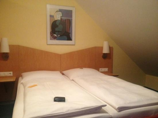 Hotel Beim Schrey: Cama
