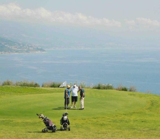 Campo Da Golf Golf Course Bild Von Grand Hotel San Michele Cetraro Tripadvisor
