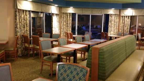 Comfort Inn Orlando/ Lake Buena Vista : El comedor