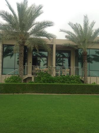 Desert Palm Dubai: from the green