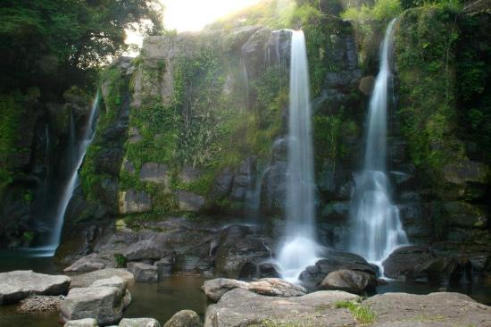 Kirihara Falls