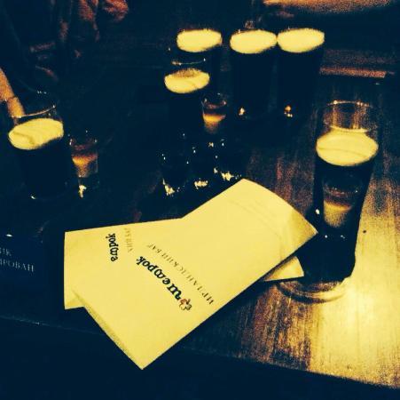 Shamrock Irish Bar: Всего и побольше..!
