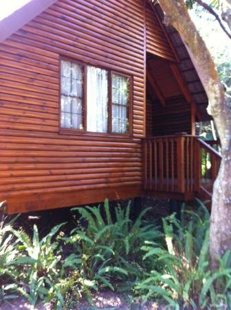 Imvubu Lodge: our room