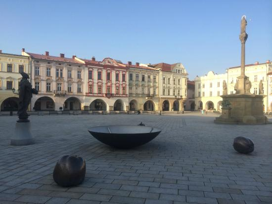 Novy Jicin, República Checa: Square with statue and column