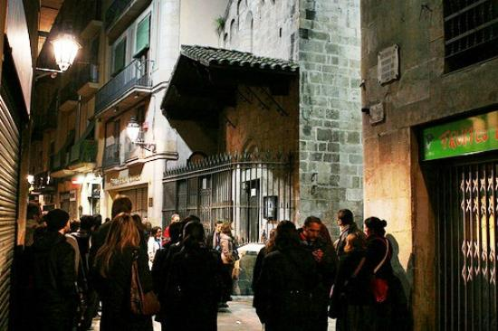 ICONO serveis culturals: The Ghost Walking Tour