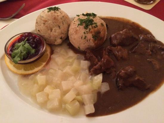 Hofer Der Stadtwirt: Venison ragout and dumplings Yum!