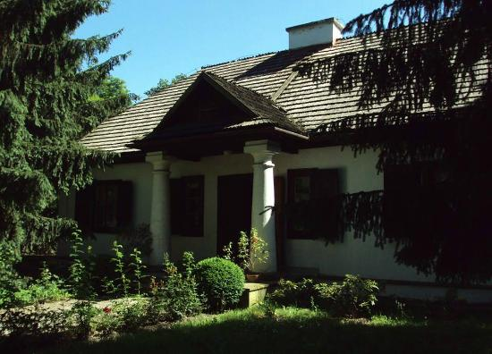 Dworek Wincentego Pola - Muzeum